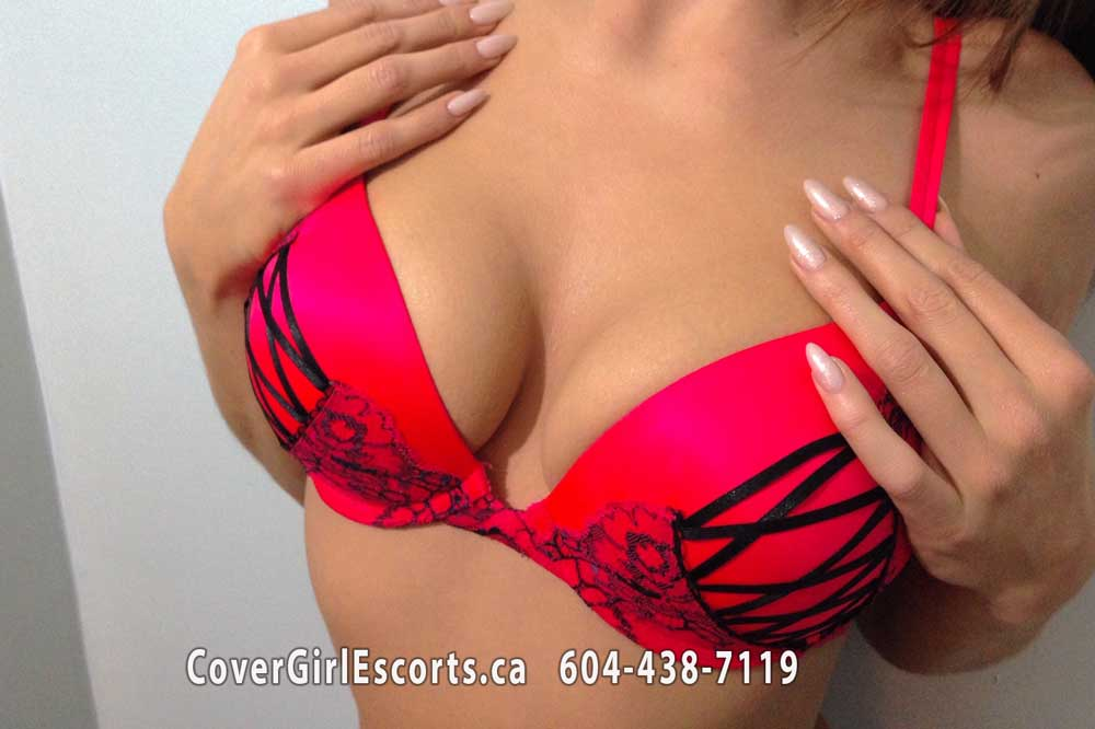 Scarlette cover Girl Escort